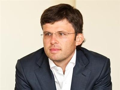 Андрей член партии регионов