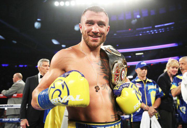 Бой Ломаченко против Линареса признали лучшим в 2018 году по версии WBA