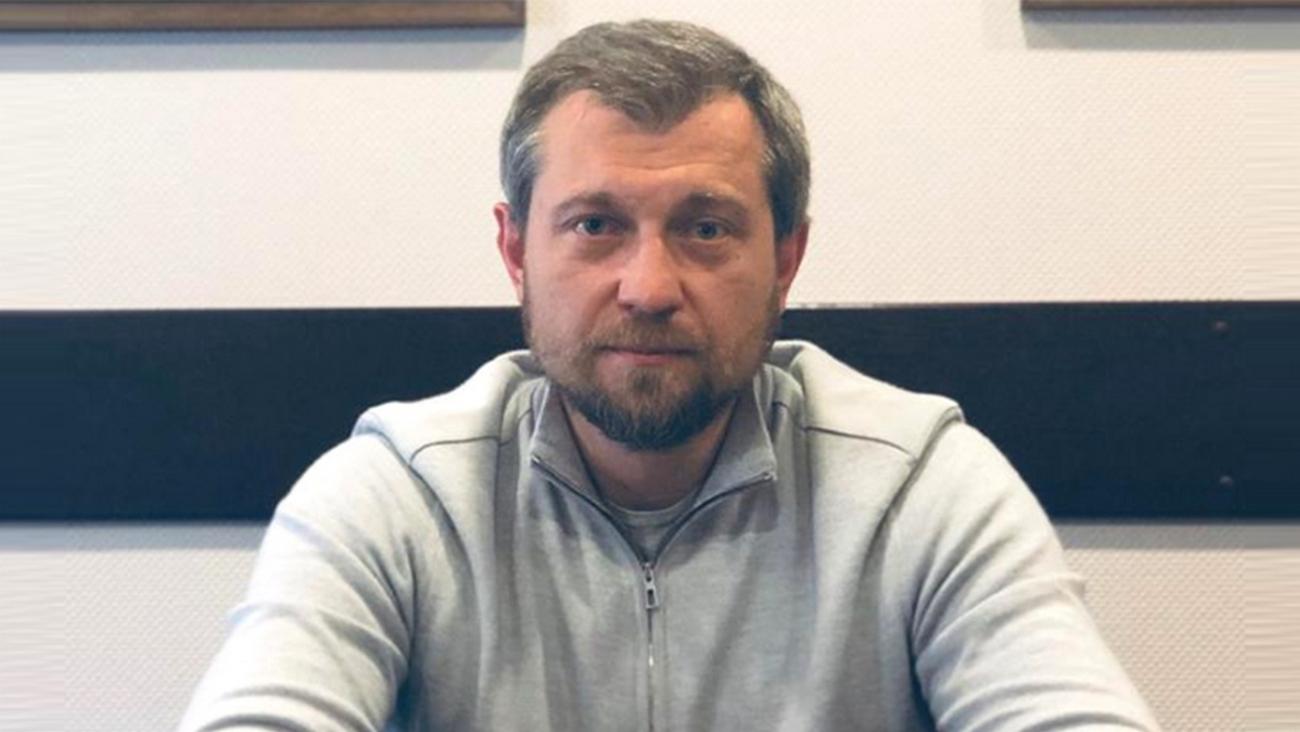 Биография Крючкова Леонида Васильевича